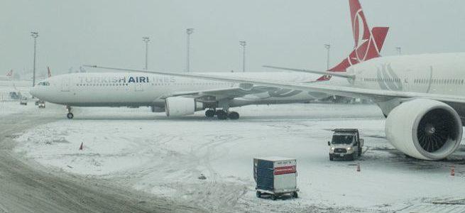 Voli cancellati per neve. Quali diritti per i passeggeri