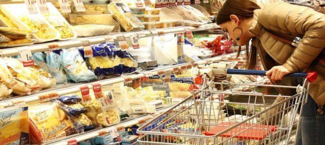 Negozi Commerciali. Detenzione di alimenti in cattivo stato di conservazione
